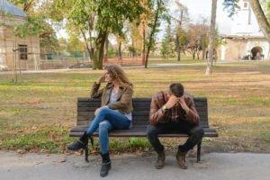 Ajoittainen vahvistus - miksi parisuhteesta on vaikea lähteä